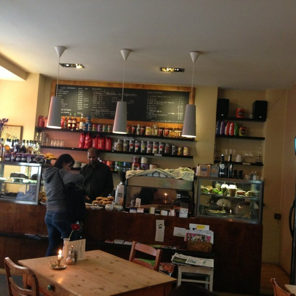 Mokalola - Café In Berlin