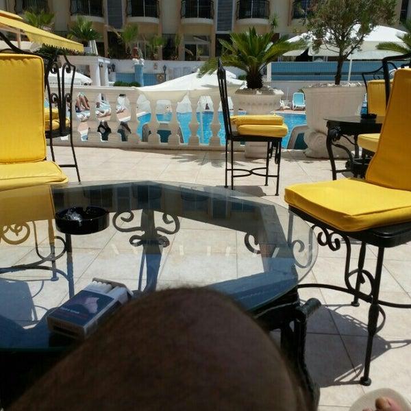 Foto scattata a Sinatra Hotel da Güven il 7/20/2016