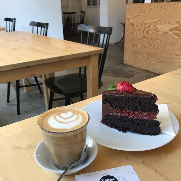 Foto diambil di Mikyna Coffee & Food Point oleh Kristýna K. pada 5/19/2018