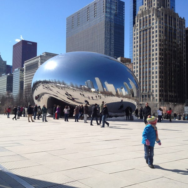 Photo taken at Cloud Gate by Anish Kapoor by Todor T. on 3/3/2013