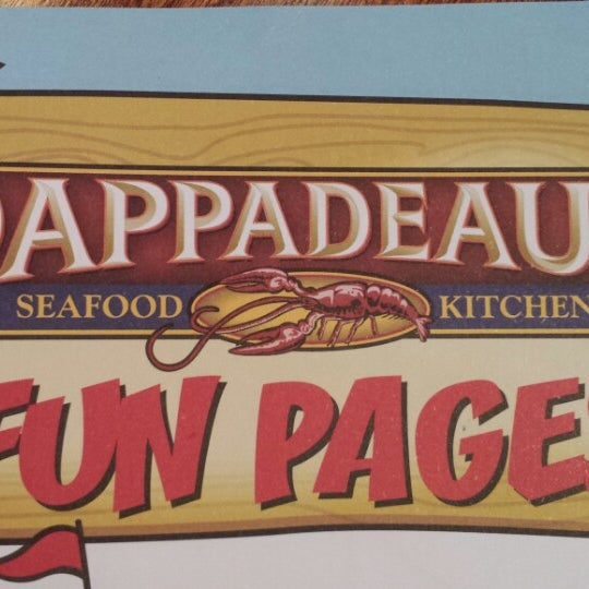 Photo taken at Pappadeaux Seafood Kitchen by Kelly on 7/9/2013