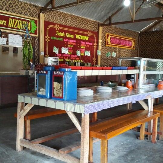 rumah makan rizquna pandeglang banten