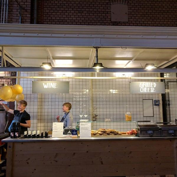 Das Foto wurde bei Street Food Thursday von Ronnie R. am 4/12/2018 aufgenommen