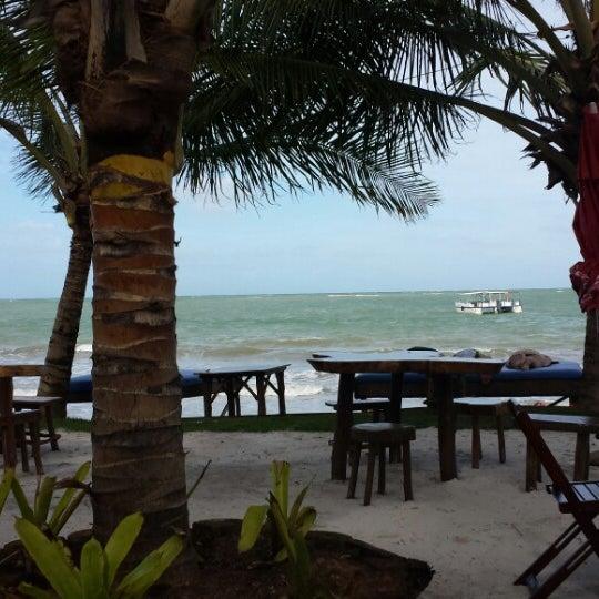 Foto tirada no(a) Praia de Paripueira por Mauricio M. em 7/6/2013
