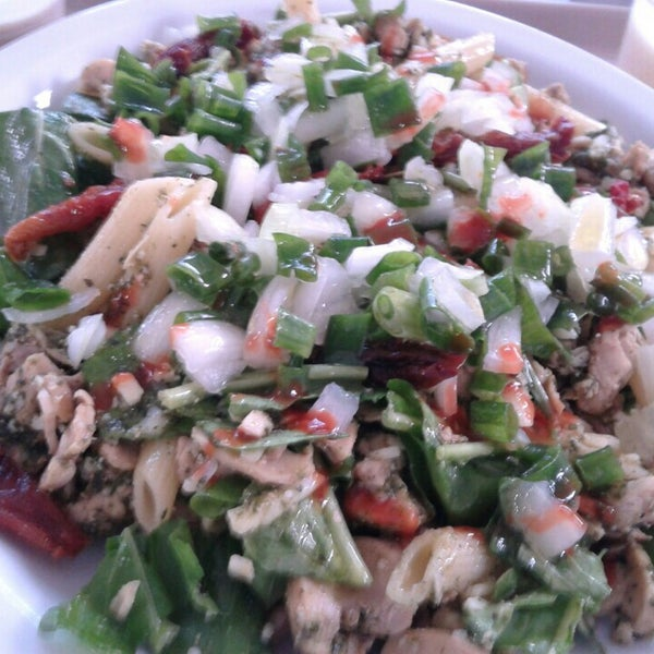 Salada Penne muito gostosa vale apena pedir.