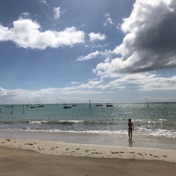 Foto tirada no(a) Praia de São Miguel dos Milagres por Jose Augusto F. em 1/8/2018