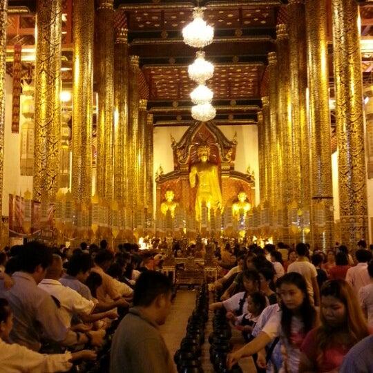 Photo taken at Wat Chedi Luang Varavihara by Supatthra N. on 6/11/2013