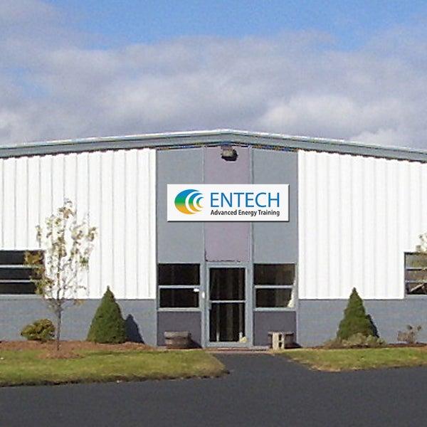 10/7/2014에 Entech Advanced Energy Training님이 Entech Advanced Energy Training에서 찍은 사진