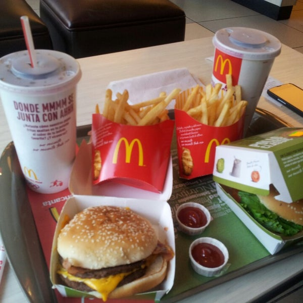 Photo taken at McDonald's by Anaid44 on 5/5/2013