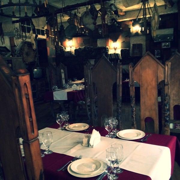 Снимок сделан в Old Erivan Restaurant Complex пользователем Aurinko ☀. 10/31/2014
