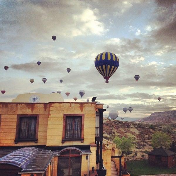 4/21/2013 tarihinde Yasemin G.ziyaretçi tarafından Tourist Hotels & Resorts Cappadocia'de çekilen fotoğraf