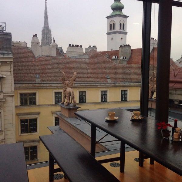 ronacher theater kantine essen in vienna. Black Bedroom Furniture Sets. Home Design Ideas