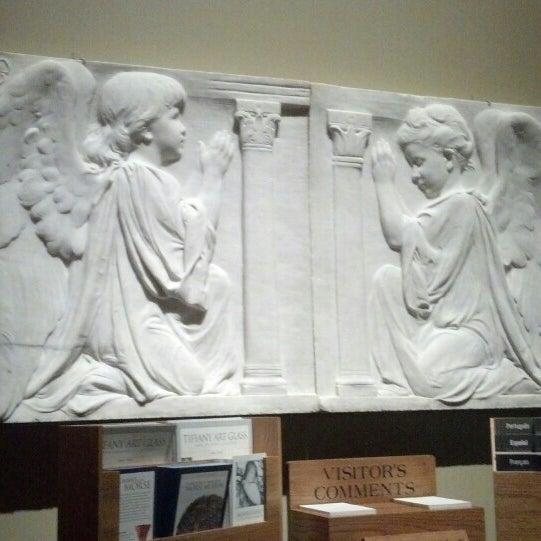 Photo taken at Charles Hosmer Morse Museum Of American Art by Paula S. on 5/3/2013