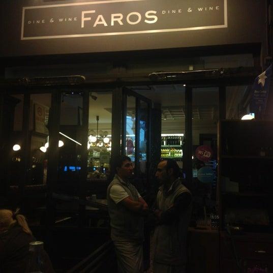 11/6/2012 tarihinde Kenan A.ziyaretçi tarafından Faros Restaurant'de çekilen fotoğraf