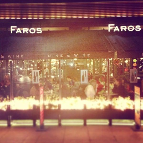 1/6/2013 tarihinde Kenan A.ziyaretçi tarafından Faros Restaurant'de çekilen fotoğraf