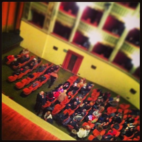 Das Foto wurde bei Teatro Metastasio von Daniele M. am 1/17/2013 aufgenommen