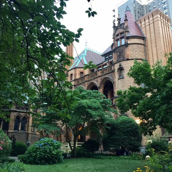 Photo taken at Church of the Holy Trinity (Episcopal) by SizzleMel on 7/20/2017