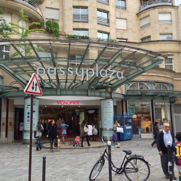 Passy plaza muette 53 rue de passy - Monoprix rue de passy ...