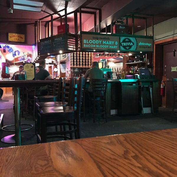 Снимок сделан в Annie's Cafe & Bar пользователем Lisa H. 9/20/2017