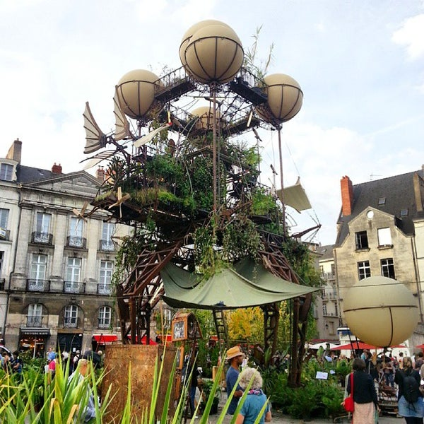 Where's Good? Holiday and vacation recommendations for Nantes, France. What's good to see, when's good to go and how's best to get there.