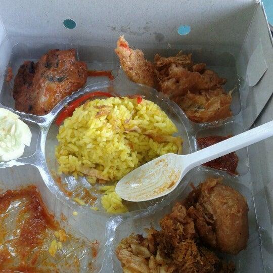 Food Truck Nasi Campur