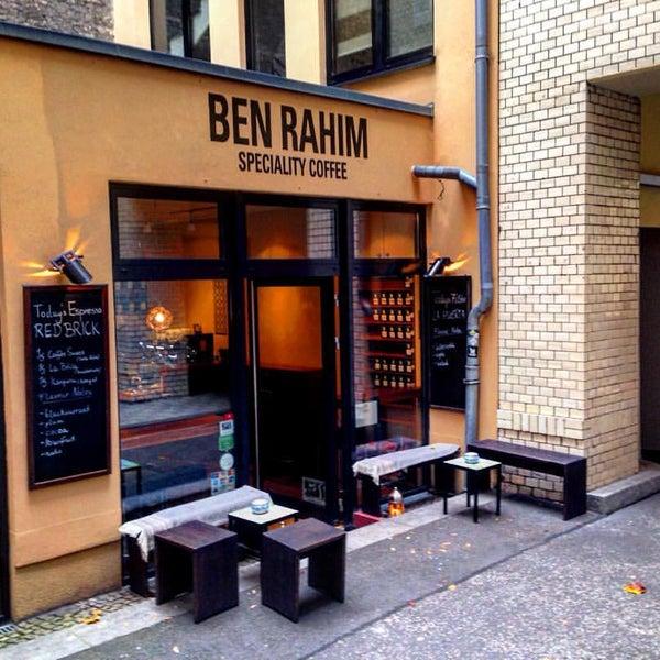 Das Foto wurde bei BEN RAHIM von Mighty T. am 11/10/2015 aufgenommen