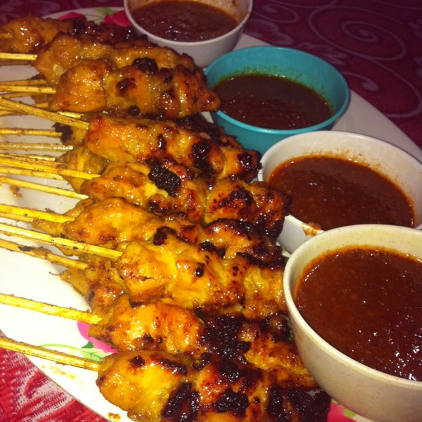 Photo taken at Satay Hut by Sharifatul R. on 1/19/2013