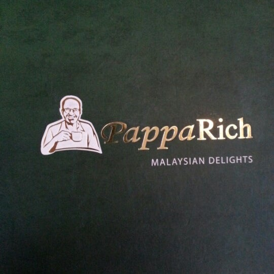 Photo taken at PappaRich by Cheng C. on 9/23/2012