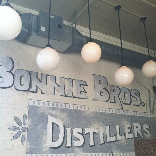 Photo taken at Doc Crow's Southern Smokehouse & Raw Bar by Steve K. on 10/27/2012