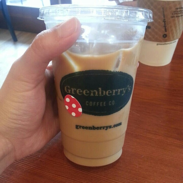Photo taken at Greenberry's Coffee & Tea by Jessica L. on 4/19/2015