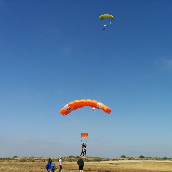 Photo taken at Skydive Monterey Bay by Zhenhua Y. on 6/8/2014