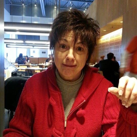 Photo taken at Chipotle Mexican Grill by Crystal A. on 1/7/2013