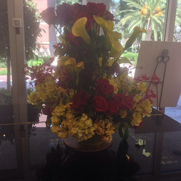 Photo taken at USC Bookstore (BKS) by Victor O. on 7/20/2014