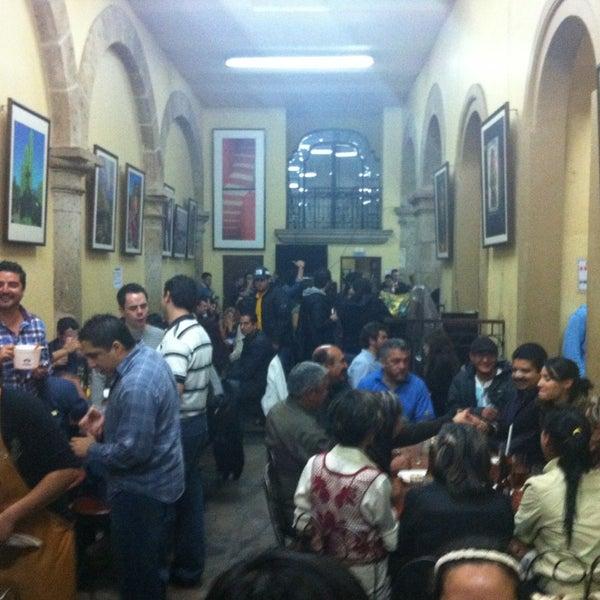 Foto tomada en Cantina La Fuente por Lorenzo Ivan H. el 12/29/2012