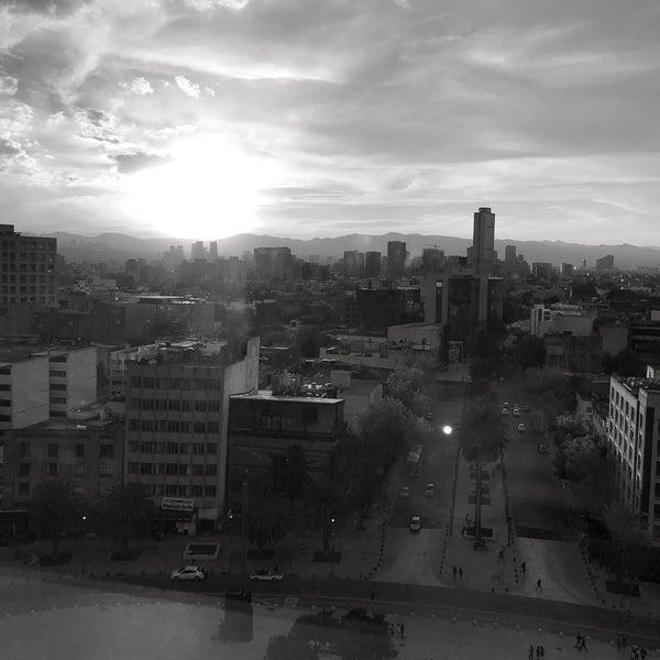 Das Foto wurde bei Mirador Monumento a la Revolución Mexicana von cindy j. am 10/22/2017 aufgenommen