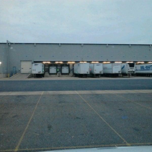 Walmart Distribution Center - Distribution Center