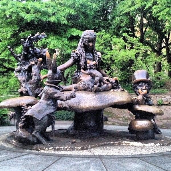 Alice in wonderland statue outdoor sculpture in new york - Alice in wonderland garden statues ...