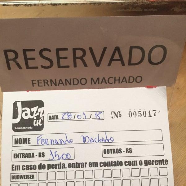 Foto tirada no(a) Jazz in' Champanheria por Fernando M. em 1/28/2015