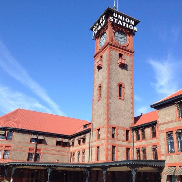 Photo taken at Union Station Amtrak (PDX) by Friðrik Már J. on 10/15/2013