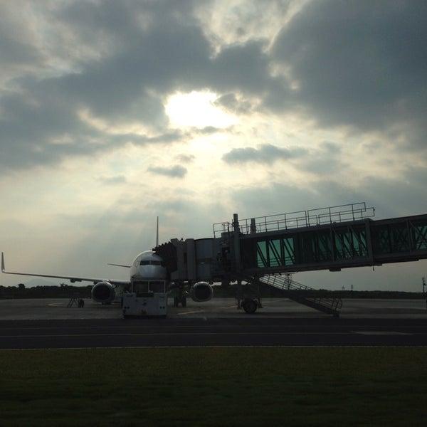 7/16/2013にIwao O.が岩国錦帯橋空港 / 岩国飛行場 (IWK)で撮った写真