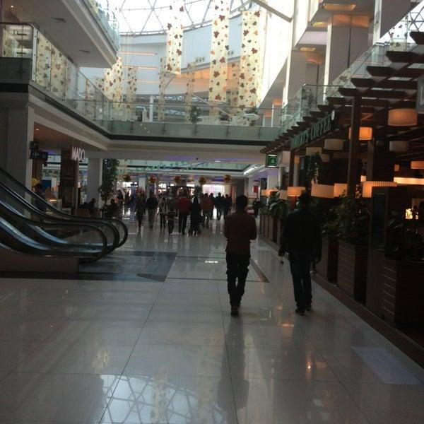 1/24/2013 tarihinde İsmetziyaretçi tarafından Family Mall'de çekilen fotoğraf