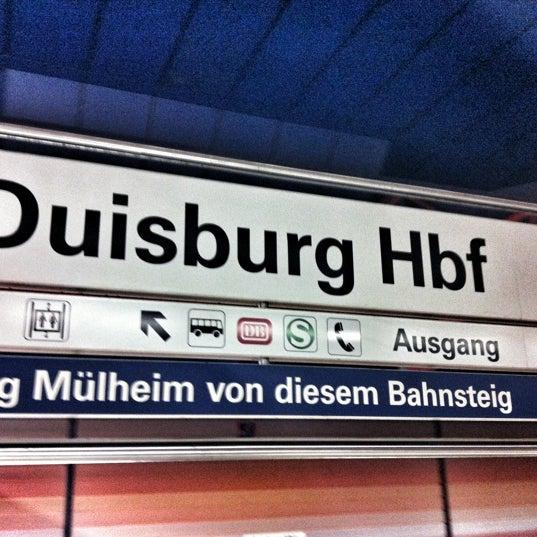Photo taken at Duisburg Hauptbahnhof by parfumernaja on 10/14/2012