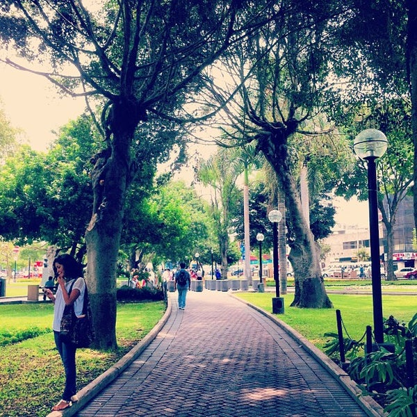 Photo taken at Parque Kennedy by Gonzalo D. on 3/20/2013