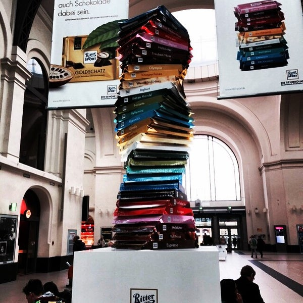 Das Foto wurde bei Promenaden Hauptbahnhof Leipzig von Lance S. am 4/28/2015 aufgenommen