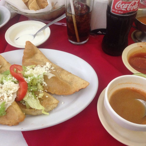 Photo taken at Restaurante Hnos. Hidalgo Carrion by Claudia T. on 6/6/2015