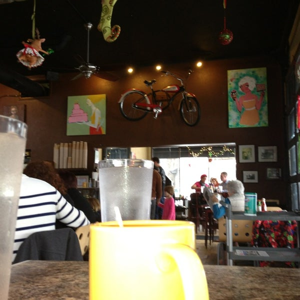Photo taken at Eggs In the City by Ames C. on 12/26/2012