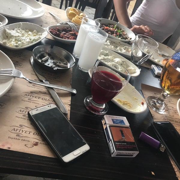 5/11/2018 tarihinde Berkay 3.ziyaretçi tarafından Yiğit Kasap Et & Mangal'de çekilen fotoğraf
