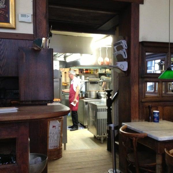 Photo prise au Restaurant de l'Ogenblik par Philip G. le4/5/2013
