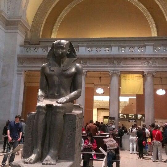 Photo taken at Metropolitan Museum of Art by jolifanta on 5/28/2013