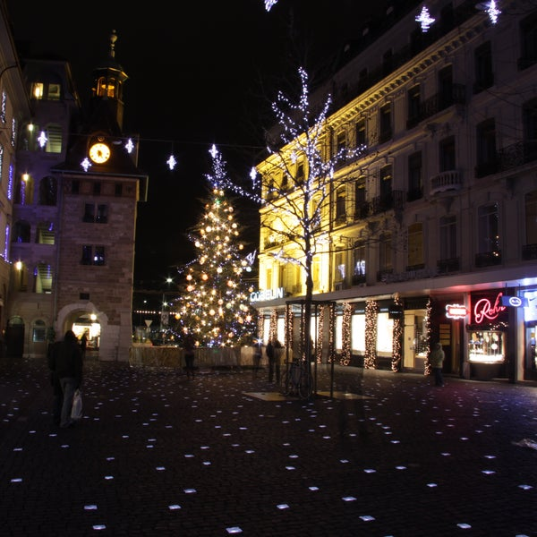 This square in the center of Geneva comes to life at night with illuminated cobblestones engraved with words in languages from all across the globe.